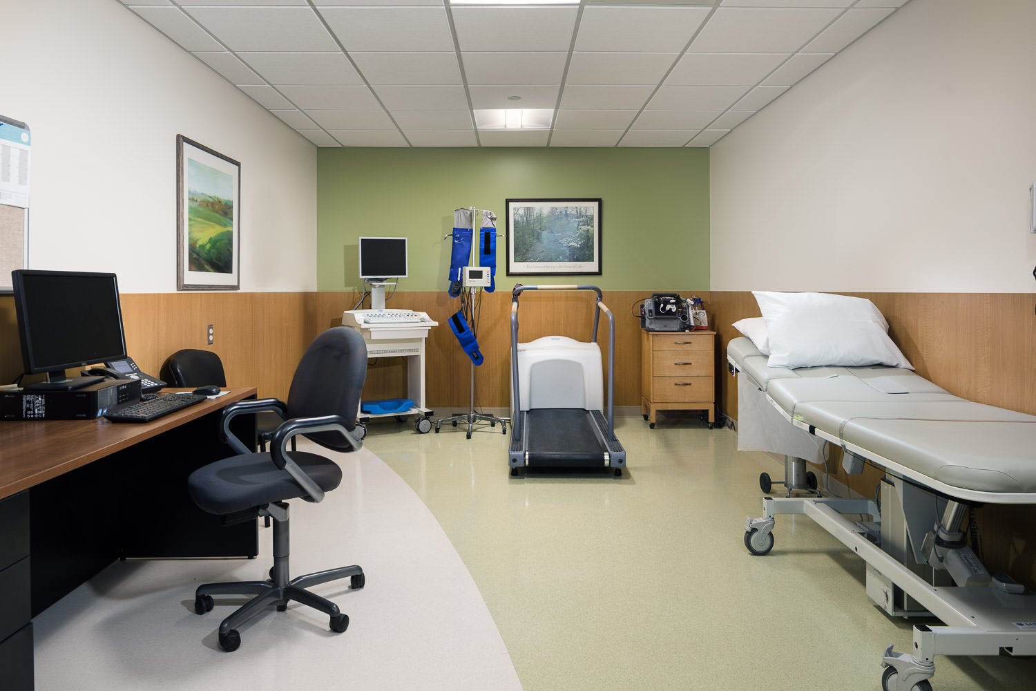 An interior photo of an exam room in the new Northwestern Medical Center Clinics building in St. Albans Vermont by Studio SB