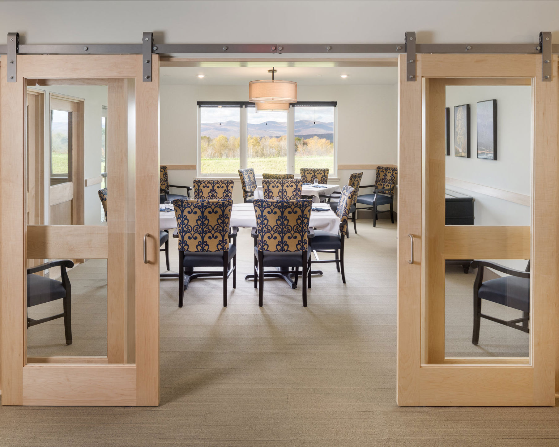 A photo of the private dining room in the Strode Independent Living facility by Vermont professional photographer Stina Booth