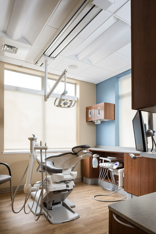 A photo of one of the exam rooms in the Timberlane Dental office in Essex Junction by Vermont architecture photographer Stina Booth.